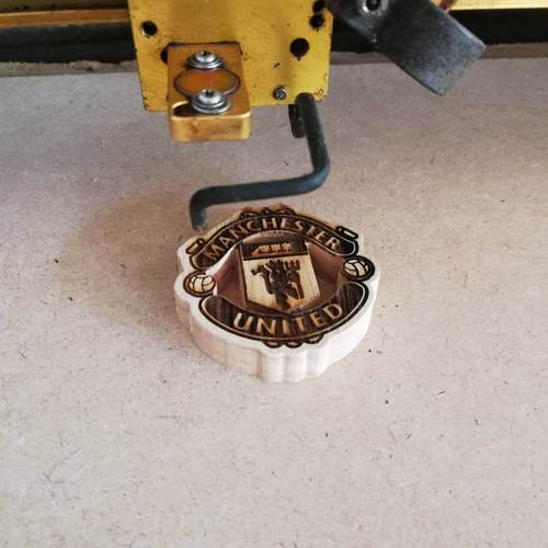 Wood Keychain Manchester United Logo with Laser cutting